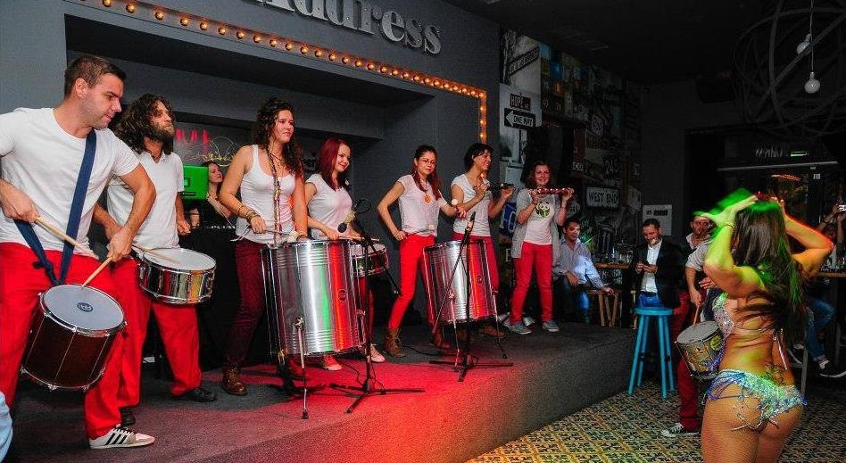 Barbarossa Samba Group in Piata Constitutiei de revelion