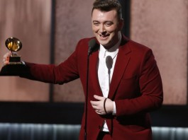 Sam Smith accepts the award for best new artist at the 57th annual Grammy Awards in Los Angeles, California February 8, 2015. REUTERS/Lucy Nicholson (UNITED STATES - Tags: ENTERTAINMENT) (GRAMMYS-SHOW) - RTR4OQTJ
