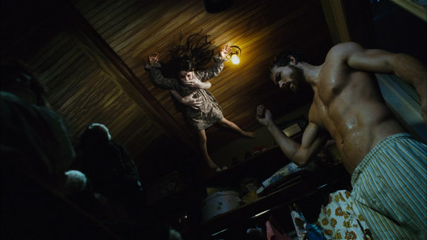 BasedonaTrueStorythe-amityville-horror-2_gallery_primary (1)